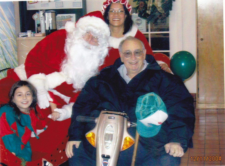 59-Santa_in_the_Park_2004